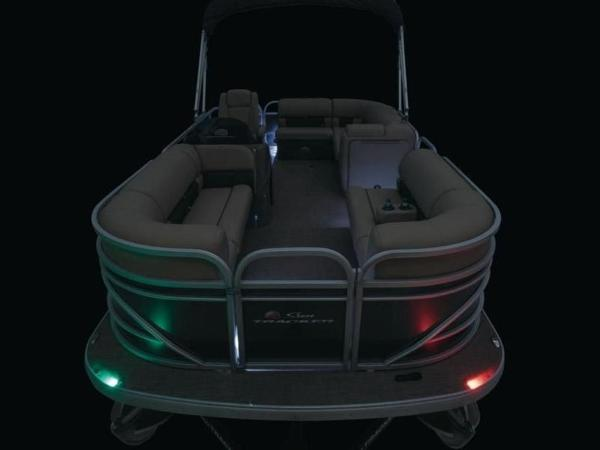 2022 Sun Tracker boat for sale, model of the boat is PARTY BARGE® 20 DLX & Image # 27 of 45