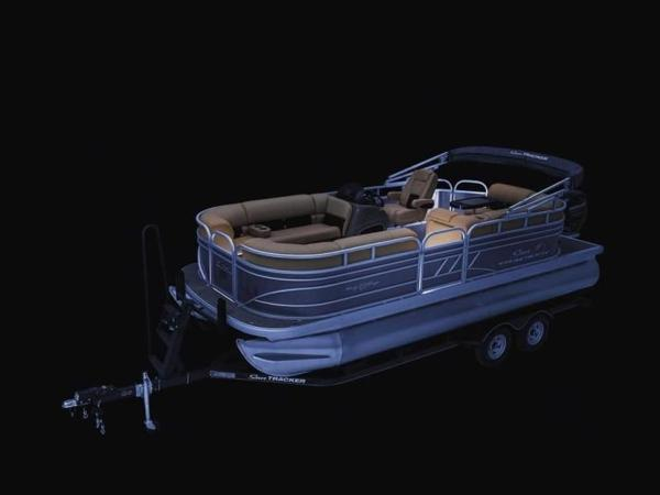 2022 Sun Tracker boat for sale, model of the boat is PARTY BARGE® 20 DLX & Image # 33 of 45