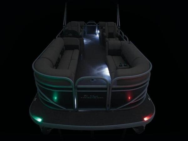 2022 Sun Tracker boat for sale, model of the boat is PARTY BARGE® 24 DLX & Image # 37 of 59