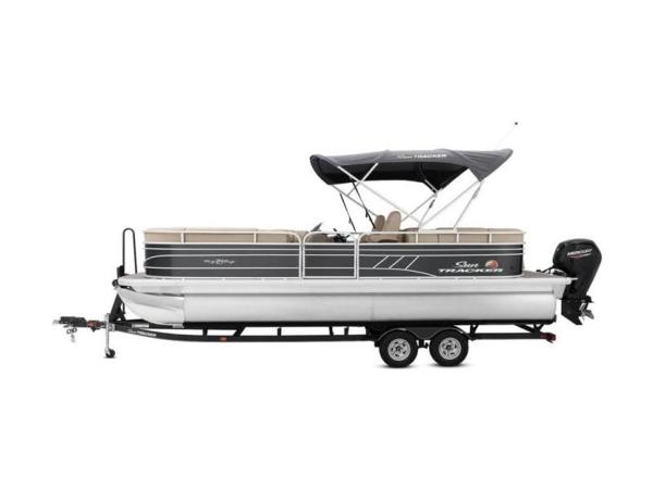 2022 Sun Tracker boat for sale, model of the boat is PARTY BARGE® 24 DLX & Image # 43 of 59