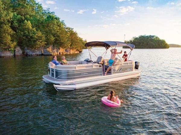 2022 Sun Tracker boat for sale, model of the boat is PARTY BARGE® 24 DLX & Image # 48 of 59
