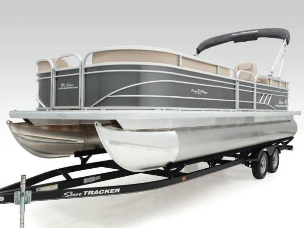 2022 Sun Tracker boat for sale, model of the boat is PARTY BARGE® 24 DLX & Image # 53 of 59
