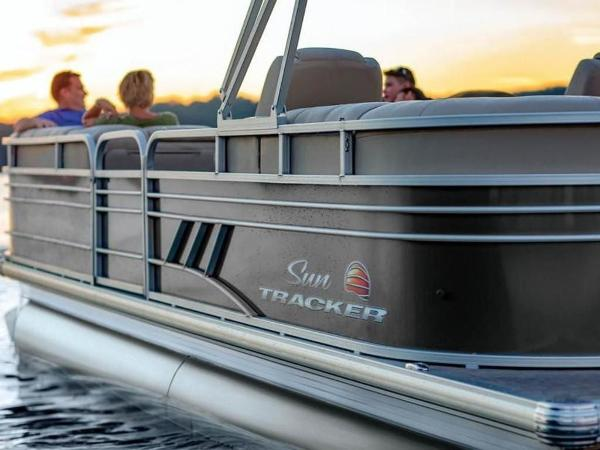 2022 Sun Tracker boat for sale, model of the boat is PARTY BARGE® 24 DLX & Image # 59 of 59