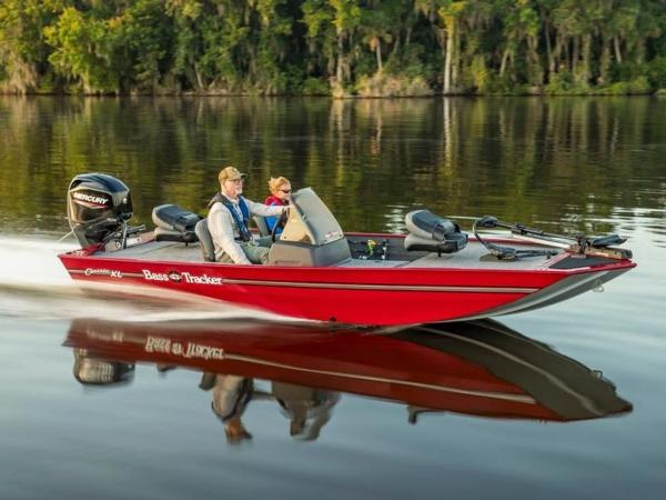 2021 Tracker Boats boat for sale, model of the boat is BASS TRACKER® Classic XL & Image # 1 of 37