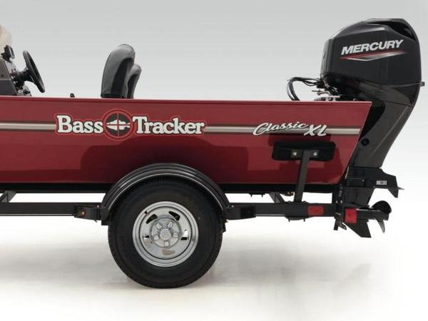 2021 Tracker Boats boat for sale, model of the boat is BASS TRACKER® Classic XL & Image # 22 of 37