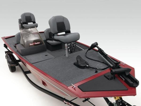 2021 Tracker Boats boat for sale, model of the boat is BASS TRACKER® Classic XL & Image # 23 of 37