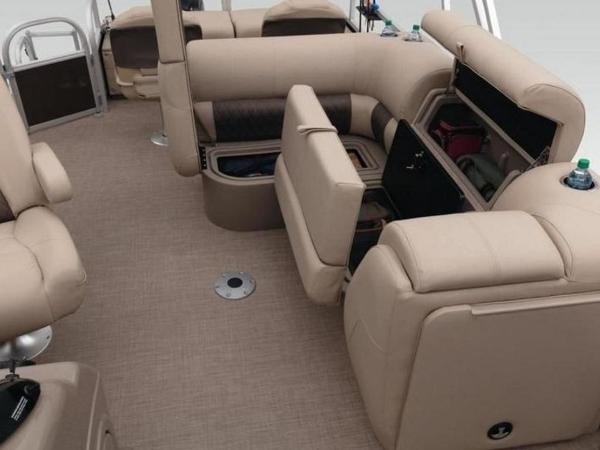 2021 Sun Tracker boat for sale, model of the boat is SportFish™ 22 XP3 & Image # 24 of 58