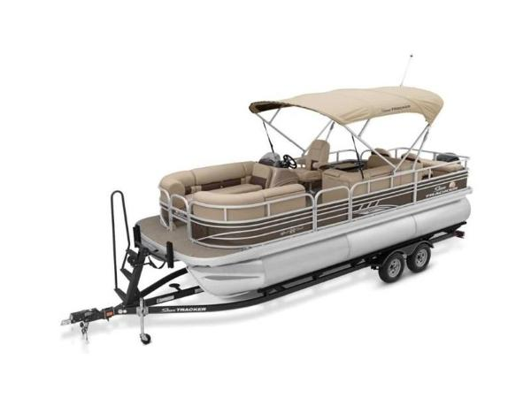 2021 Sun Tracker boat for sale, model of the boat is SportFish™ 22 XP3 & Image # 49 of 58