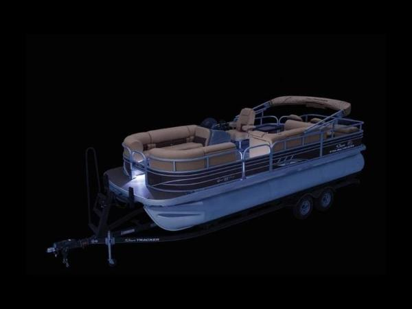 2021 Sun Tracker boat for sale, model of the boat is SportFish™ 22 XP3 & Image # 52 of 58