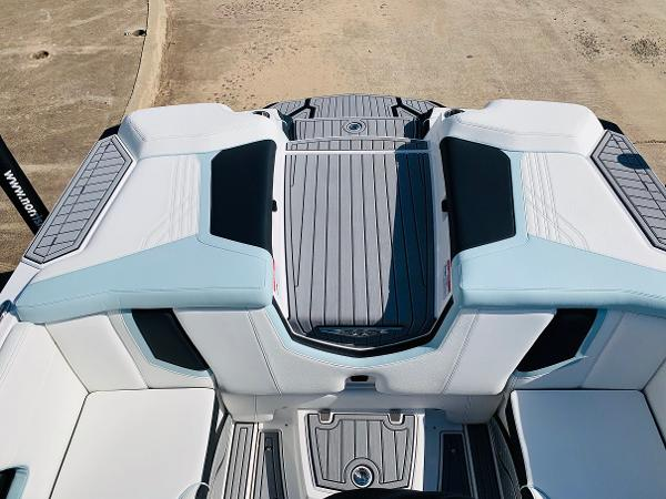 2020 Nautique boat for sale, model of the boat is Super Air Nautique G25 & Image # 45 of 66