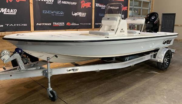 2021 Mako boat for sale, model of the boat is 18 LTS & Image # 3 of 15
