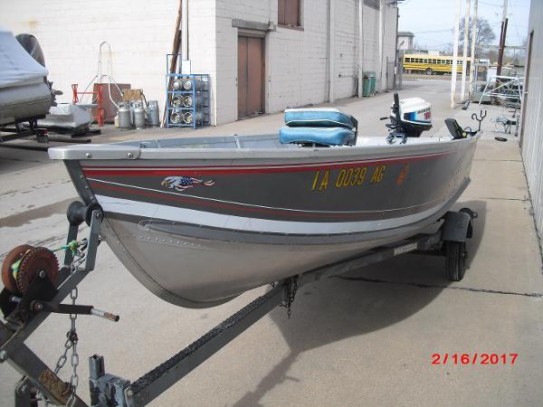 1993 Alumacraft boat for sale, model of the boat is 14' V & Image # 4 of 12