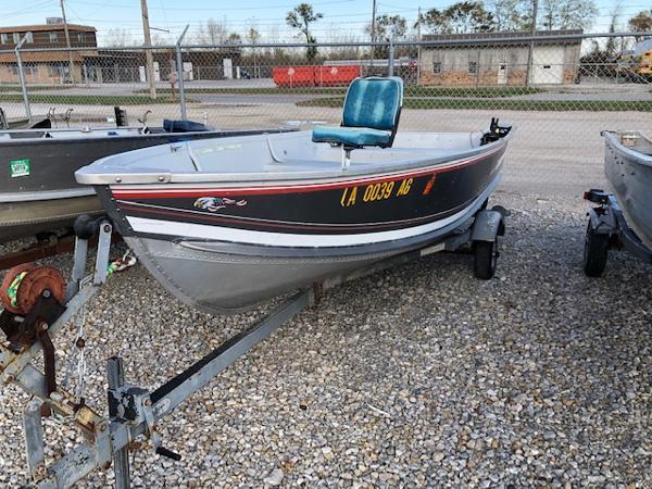 1993 Alumacraft boat for sale, model of the boat is 14' V & Image # 8 of 12