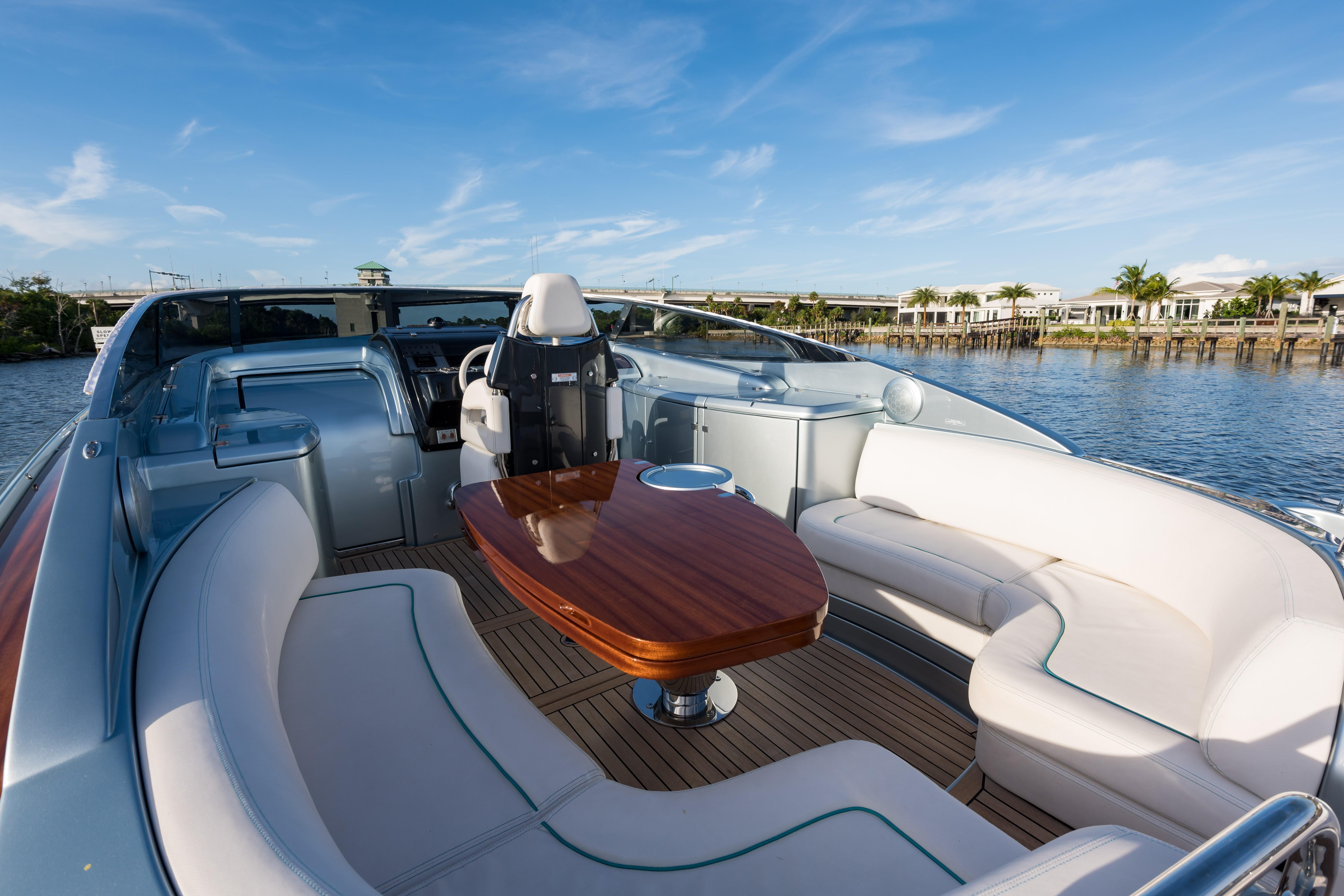 2014 44' Riva Helm Seating