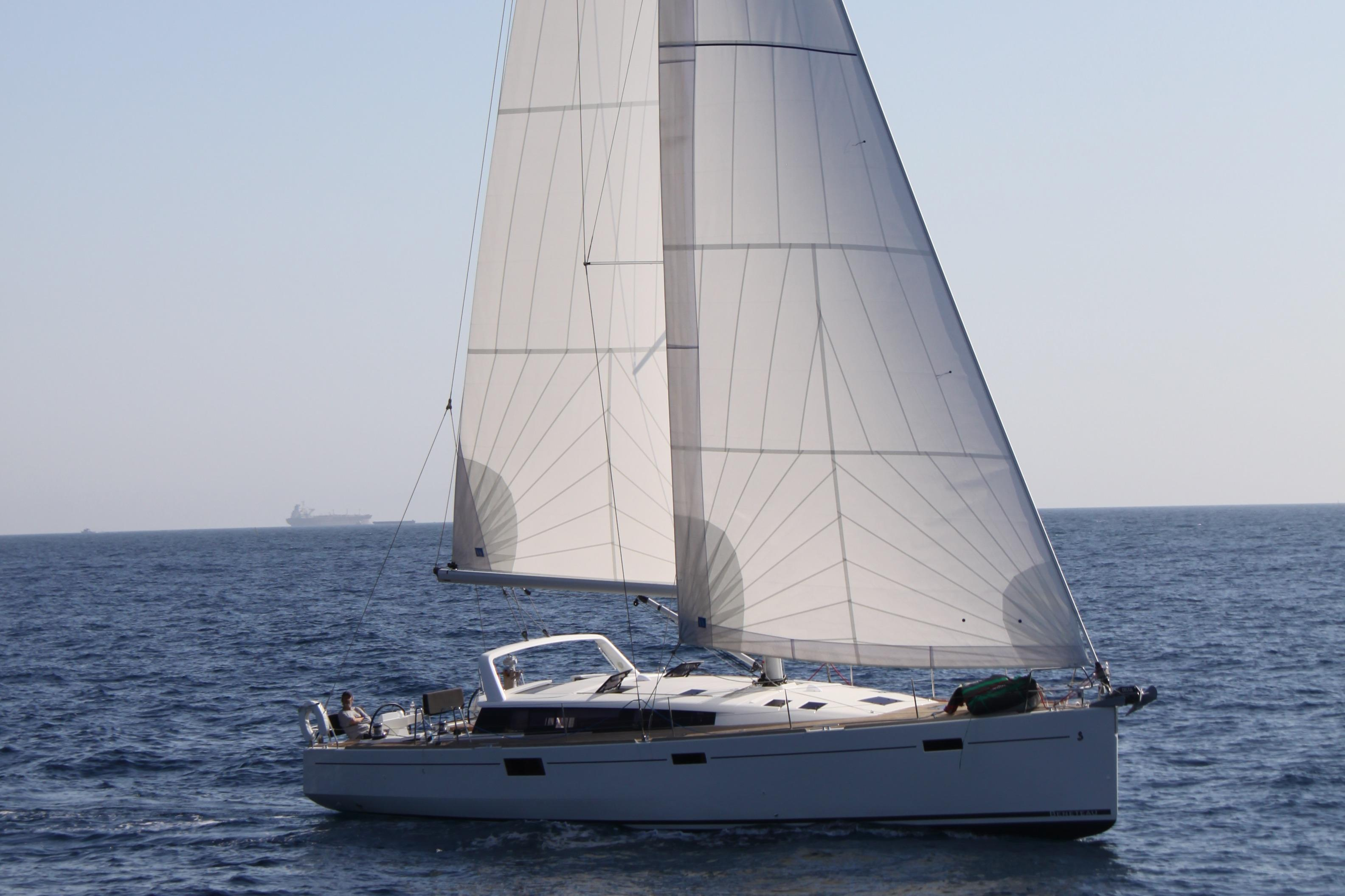 50.08′ Beneteau 2012 Yacht for Sale
