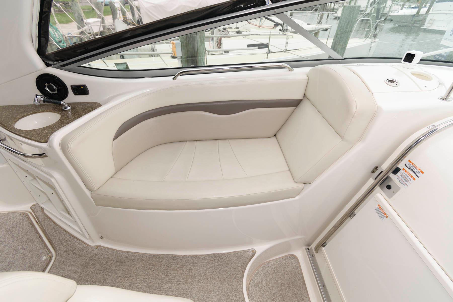 M 6591 JP Knot 10 Yacht Sales