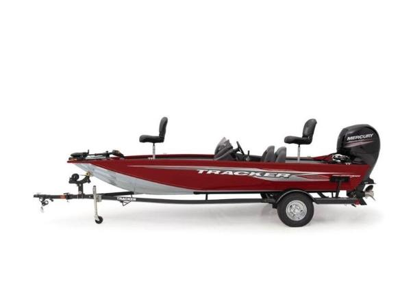 2021 Tracker Boats boat for sale, model of the boat is Pro Team™ 195 TXW & Image # 7 of 43