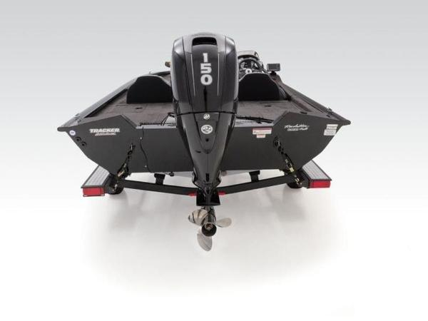 2021 Tracker Boats boat for sale, model of the boat is Pro Team™ 195 TXW & Image # 10 of 43