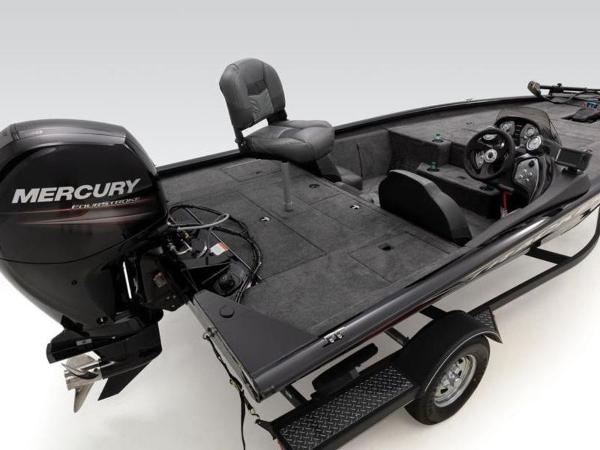 2021 Tracker Boats boat for sale, model of the boat is Pro Team™ 195 TXW & Image # 11 of 43
