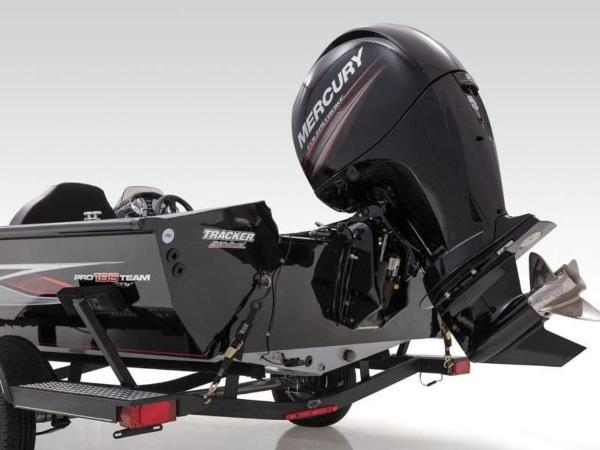2021 Tracker Boats boat for sale, model of the boat is Pro Team™ 195 TXW & Image # 12 of 43