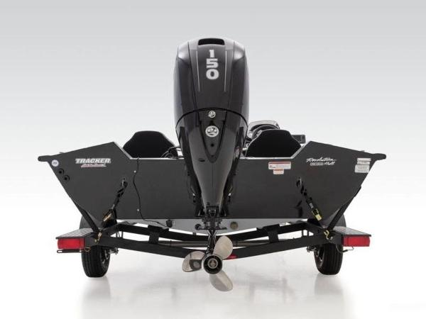 2021 Tracker Boats boat for sale, model of the boat is Pro Team™ 195 TXW & Image # 17 of 43