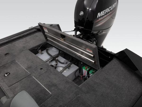 2021 Tracker Boats boat for sale, model of the boat is Pro Team™ 195 TXW & Image # 18 of 43