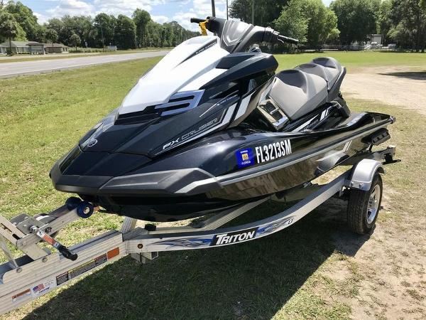 2017 Yamaha boat for sale, model of the boat is FX Cruiser SVHO & Image # 9 of 9