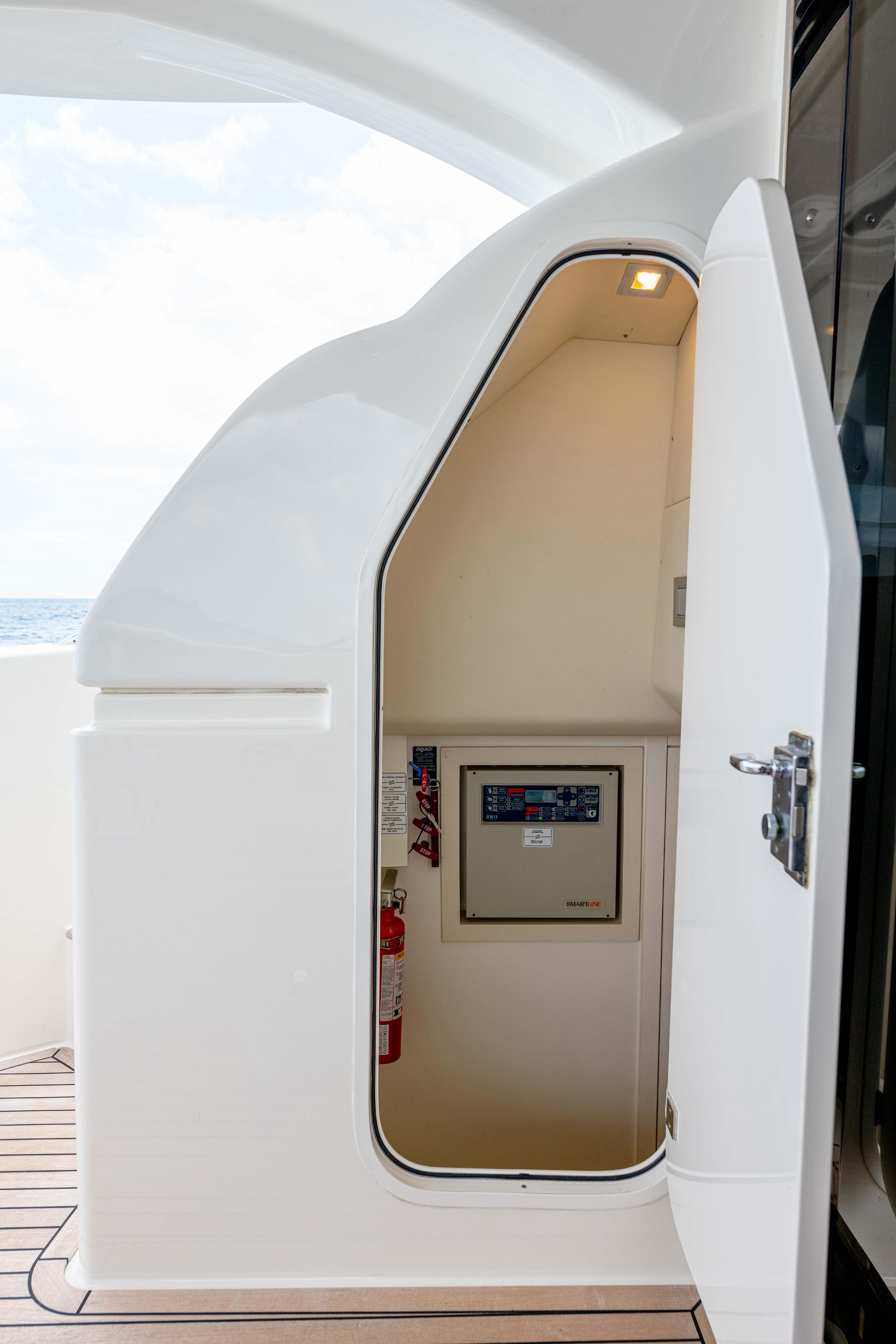 Ferretti 650 - Crew Quarters Access