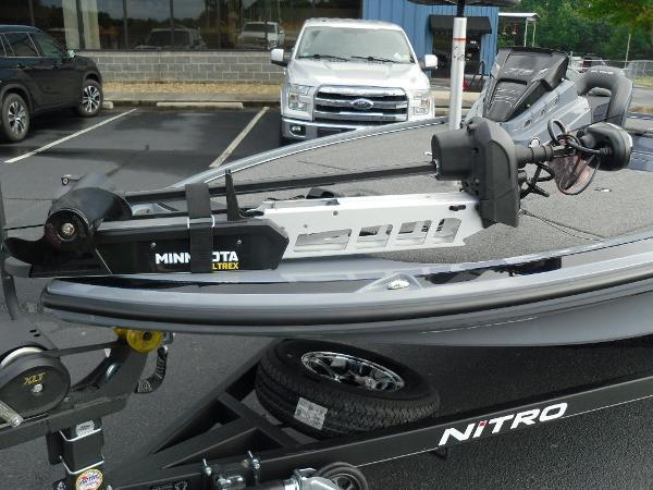 2021 Nitro boat for sale, model of the boat is Z19 & Image # 4 of 36