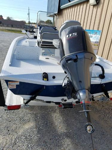 2021 Xpress boat for sale, model of the boat is H20B & Image # 15 of 17