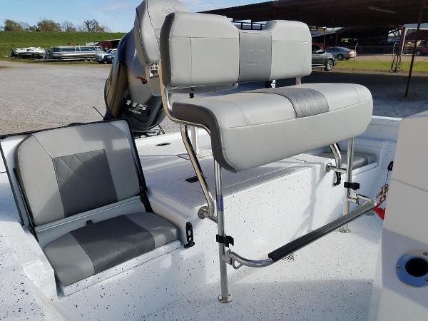 2021 Xpress boat for sale, model of the boat is H20B & Image # 16 of 17
