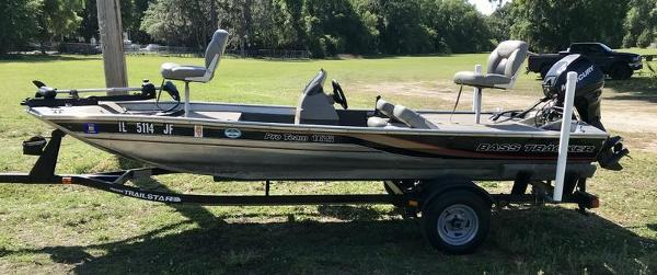 1999 Tracker Boats boat for sale, model of the boat is Pro Team 165 & Image # 1 of 9