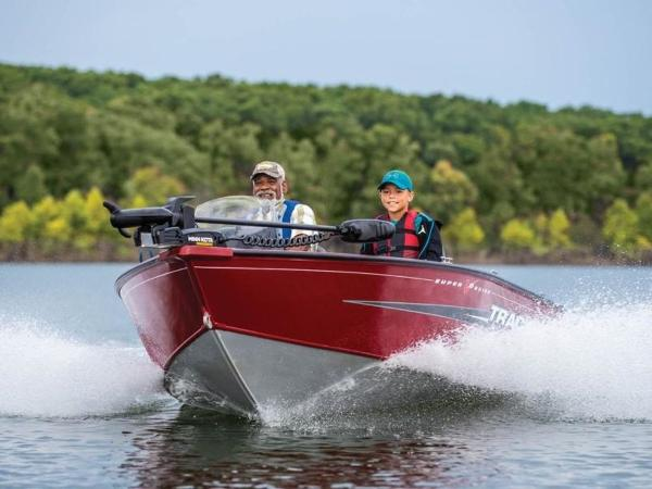 2021 Tracker Boats boat for sale, model of the boat is Super Guide™ V-16 SC & Image # 16 of 41
