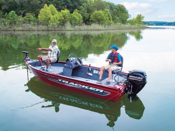 2021 Tracker Boats boat for sale, model of the boat is Super Guide™ V-16 SC & Image # 20 of 41