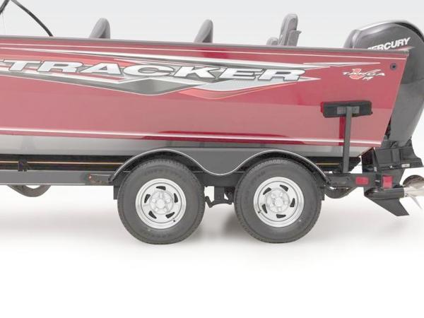 2021 Tracker Boats boat for sale, model of the boat is Targa™ V-19 Combo & Image # 14 of 66