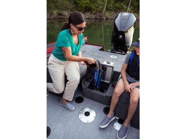 2021 Tracker Boats boat for sale, model of the boat is Targa™ V-19 Combo & Image # 25 of 66