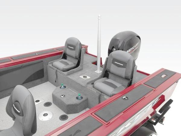 2021 Tracker Boats boat for sale, model of the boat is Targa™ V-19 Combo & Image # 39 of 66