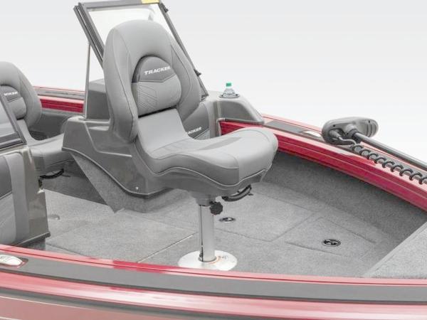 2021 Tracker Boats boat for sale, model of the boat is Targa™ V-19 Combo & Image # 41 of 66