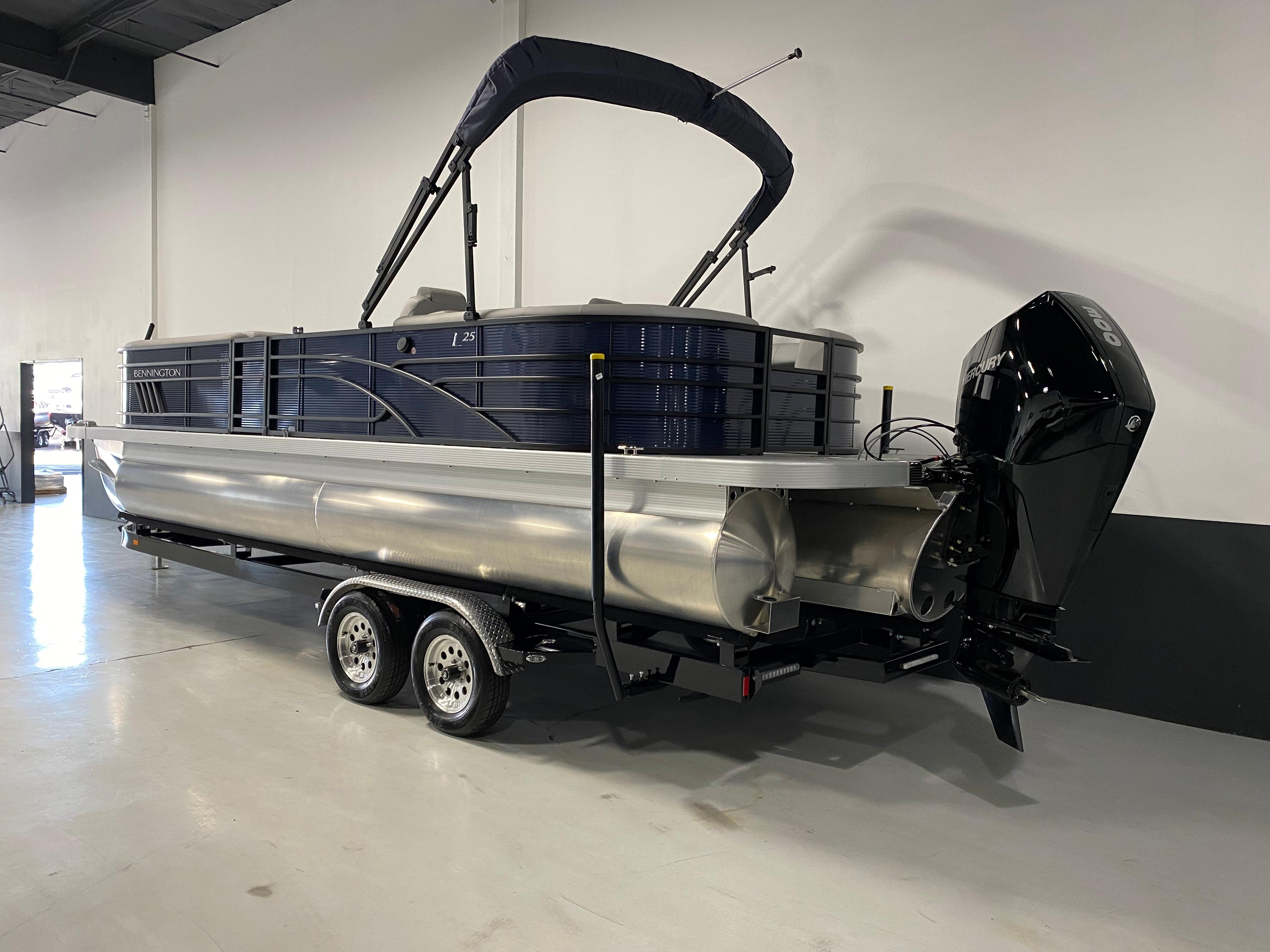2021 Bennington 25 LSR #B9348H inventory image at Sun Country Inland in Lake Havasu City