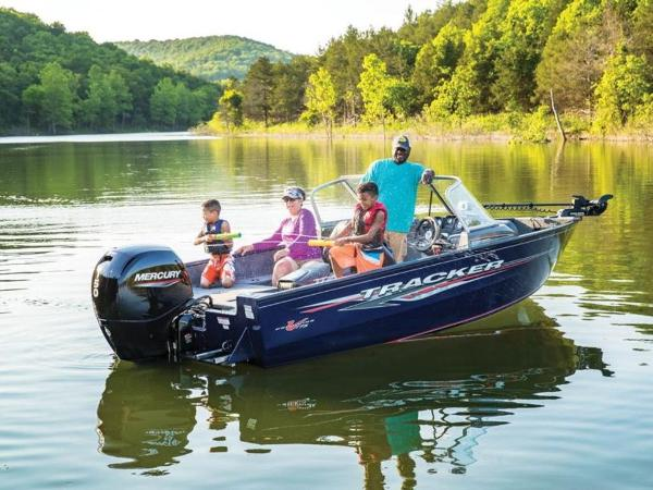 2021 Tracker Boats boat for sale, model of the boat is Pro Guide™ V-175 Combo & Image # 4 of 54