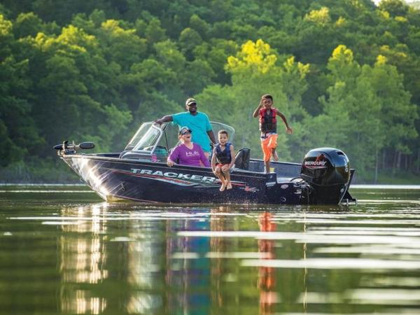 2021 Tracker Boats boat for sale, model of the boat is Pro Guide™ V-175 Combo & Image # 8 of 54