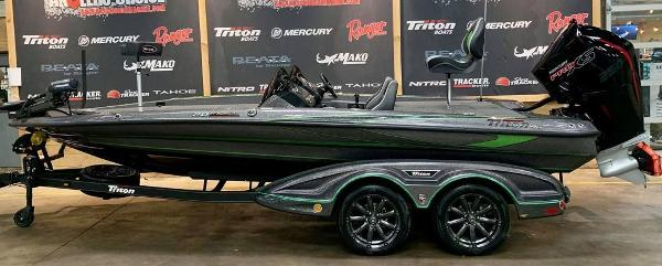 2021 Triton boat for sale, model of the boat is 20 TRX Patriot & Image # 1 of 18