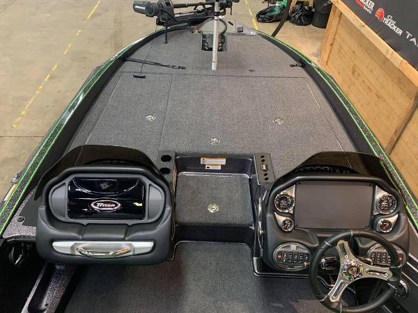 2021 Triton boat for sale, model of the boat is 20 TRX Patriot & Image # 8 of 18