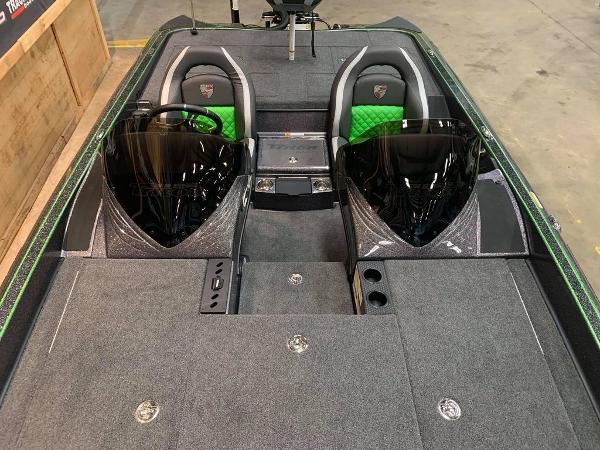 2021 Triton boat for sale, model of the boat is 20 TRX Patriot & Image # 15 of 18