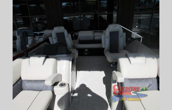 2021 Silver Wave boat for sale, model of the boat is 2410JS SW5 & Image # 10 of 11