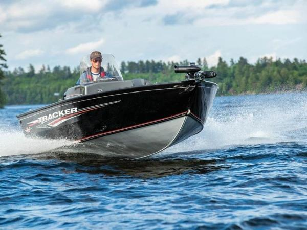 2021 Tracker Boats boat for sale, model of the boat is Pro Guide™ V-16 SC & Image # 5 of 43