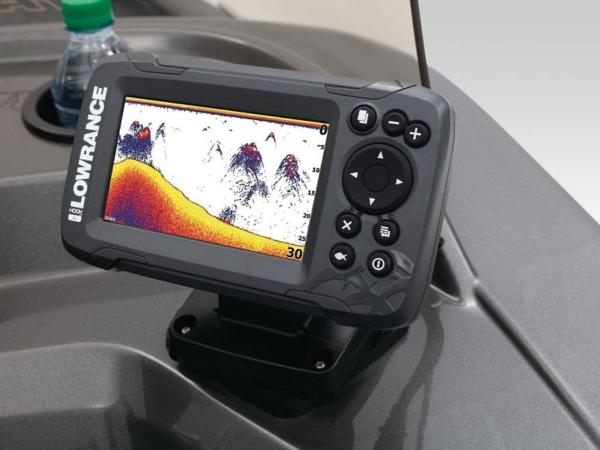 2021 Tracker Boats boat for sale, model of the boat is Pro Guide™ V-16 SC & Image # 16 of 43