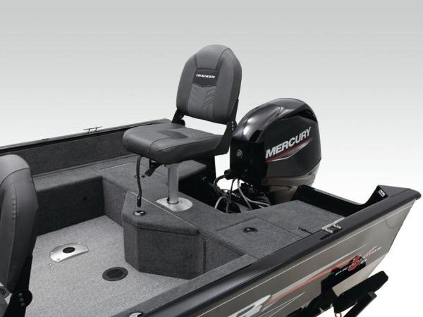 2021 Tracker Boats boat for sale, model of the boat is Pro Guide™ V-16 SC & Image # 31 of 43