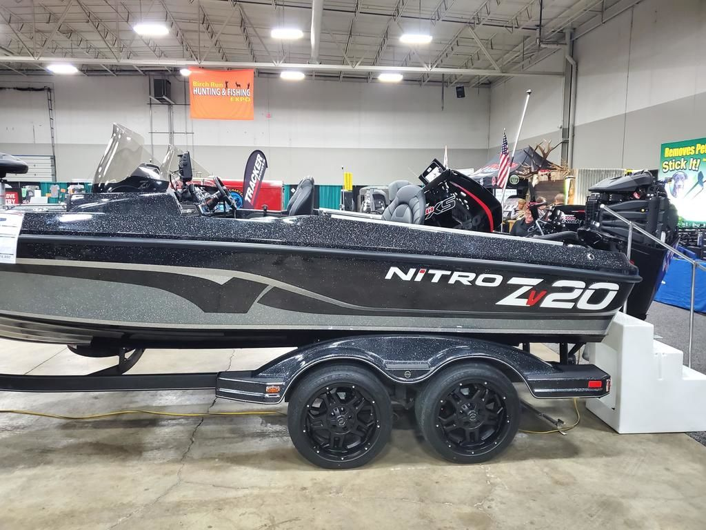2020 Nitro boat for sale, model of the boat is ZV20 Pro & Image # 5 of 10