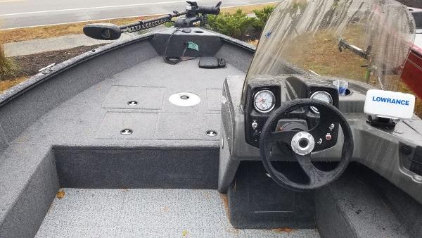 2020 Tracker Boats boat for sale, model of the boat is PG V16 SC & Image # 9 of 9